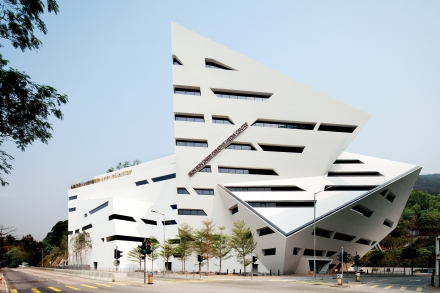 Cara asbl conf rence de daniel libeskind for Architecture deconstructiviste